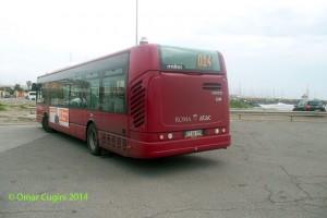 3214 in sosta al capolinea della linea 014 in Via dell'Idroscalo